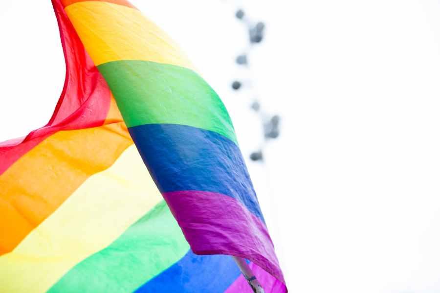 「トランスジェンダー保護」と称してトランスジェンダー人口と権利拡大に邁進するバイデン政権